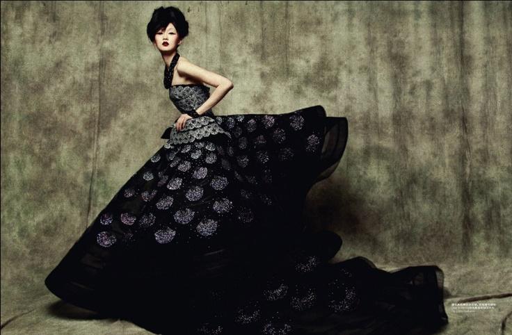 Dior CoutureJohn Galliano, Ball Gowns, Christian Dior, Dior Couture, Fashion Photography, Sun Jun, Photography Book, Couture Fashion, Haute Couture