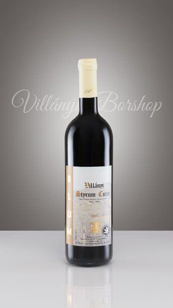 Blum Styrum Cuvée 2011  Portugieser, Kékfrankos és Cabernet Sauvignon házasításából készült, enyhe barrique –olással. Üde gyümölcsillat és a meggy íze jellemzi, mely az égetett tölgyfa illatával vegyül. A rövid idejű barrique hordós érlelés a bort harmónikusabbá varázsolja. Bársonyosan könnyed ízvilágú bor, megbízható társ egy baráti beszélgetéshez.