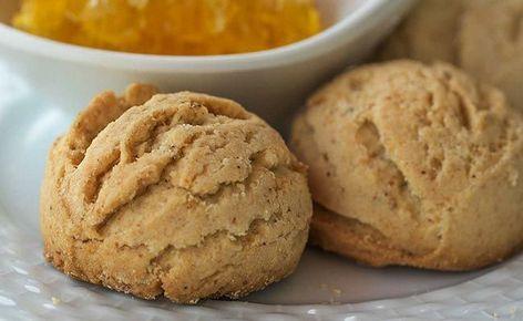 Un kurabiyesi, en çok sevilen kurabiye çeşitlerinden birisidir. Hem yapımı ile kolay hem de malzemeleri açısından az maliyetli olan bir tarif olarak bu..