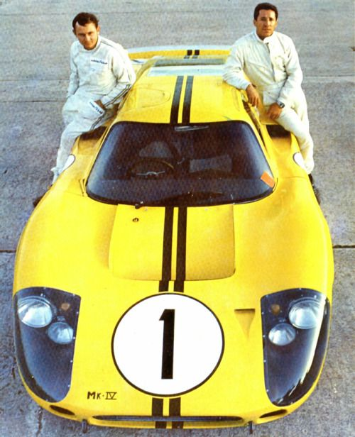 Winning Ford Mk. IV at Sebring 1967 - Bruce McLaren and Mario Andretti