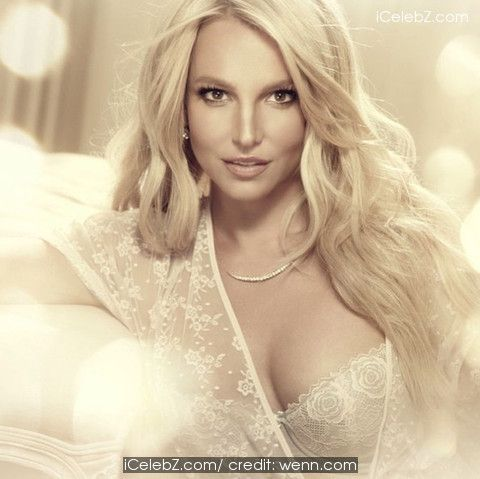 Britney Spears Celebrity Instagram Pictures: what celebs have been up to - July 2014 http://icelebz.com/events/celebrity_instagram_pictures_what_celebs_have_been_up_to_-_july_2014/photo2.html
