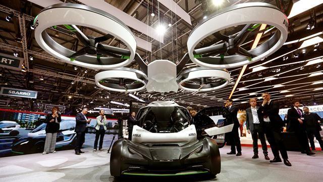Este es Popup, el vehículo híbrido mitad auto y drone de Italdesign y Airbus - 10.03.2017 - LA NACION
