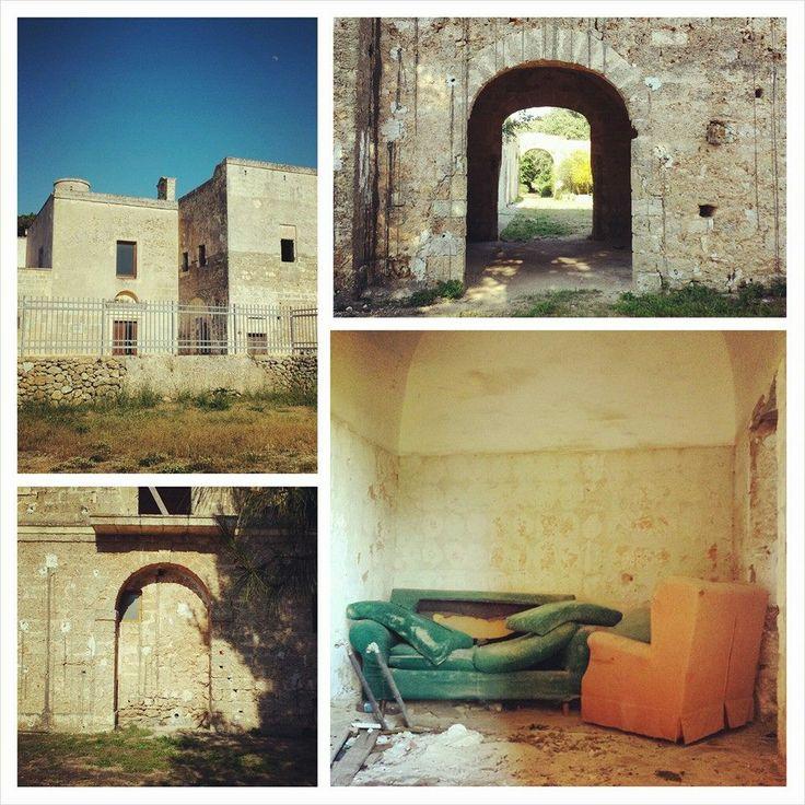 Ecco lo stato in cui si trova il #monastero di Sant'Elia nel #Salento.  #monumentsmenWE #MMdellalto