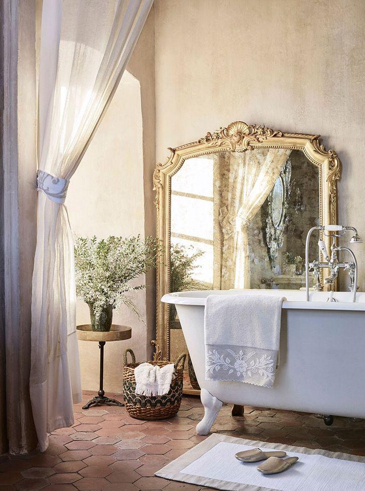 17 meilleures images propos de salles de bains de charme sur pinterest baignoire sur pied. Black Bedroom Furniture Sets. Home Design Ideas