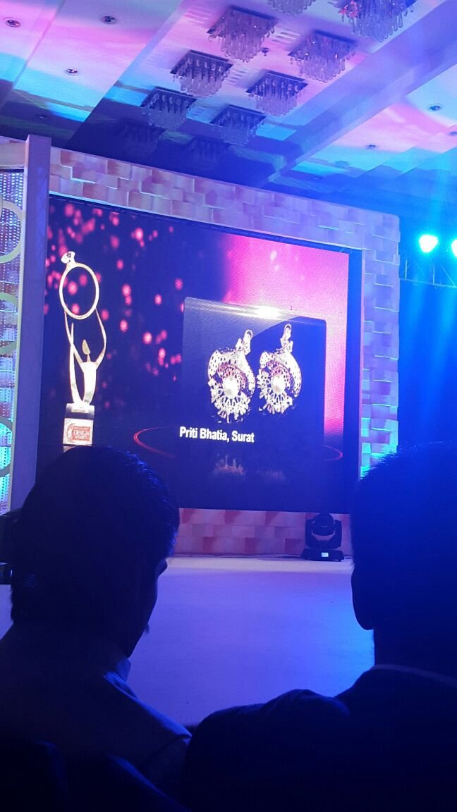 Best earring design # priti bhatia # awesome sparklers