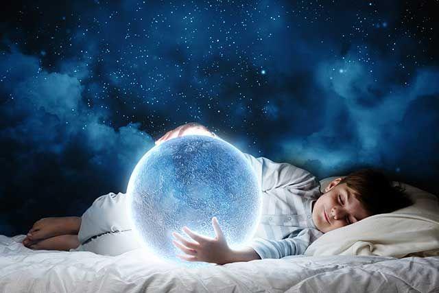 Você costuma controlar o horário que seus filhos vão para a cama? Estudo americano publicado recentemente mostra que crianças que vão para a cama depois das 21h apresentam o dobro de chances de se tornarem adolescentes obesos.