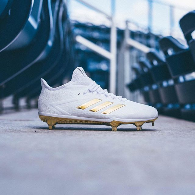adidas Baseball today unveiled the evolution of the adizero Afterburner.  Reengineered and redesigned for baseball's fastest players, the 2017  adizero ...