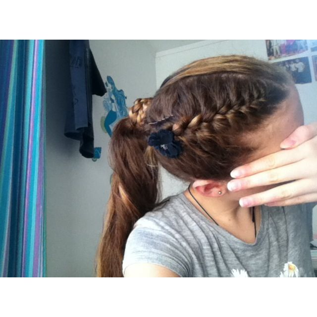 how to make braids on the side of your head