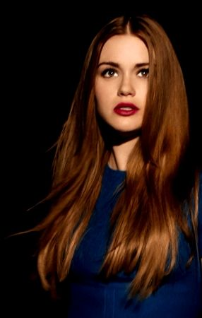 Holland Roden (Lydia from Teen Wolf). Loving both reds.