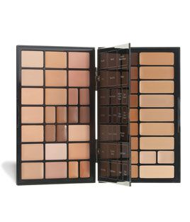 Bobbi Brown - Face Palette  Another favourite of mine for professional work