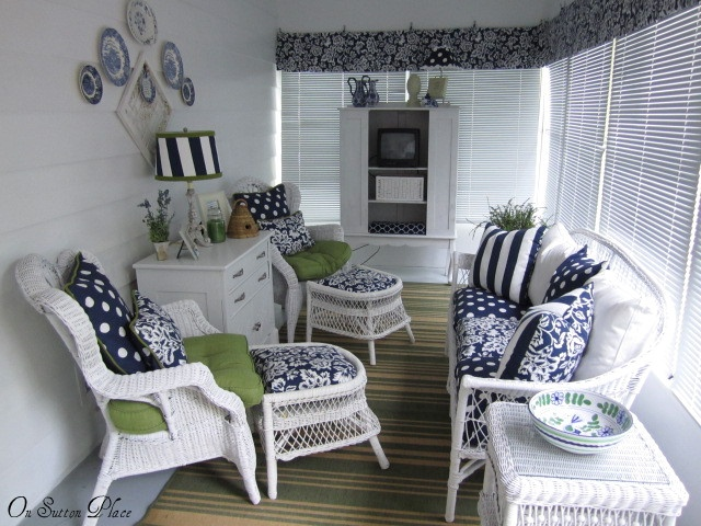17 best images about narrow room on pinterest design for Narrow porch decorating ideas