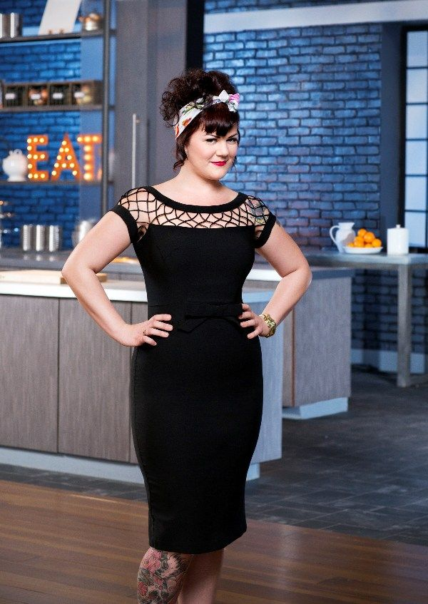 food-network-star-3  Loreal Gavin, 26 (Indianapolis), is originally from Lafayette, LA and has been cooking for 11 years. A motorcycle- riding, guitar-playing chick who loves tattoos, she attended Sullivan University for culinary arts and is also trained in baking and pastry.
