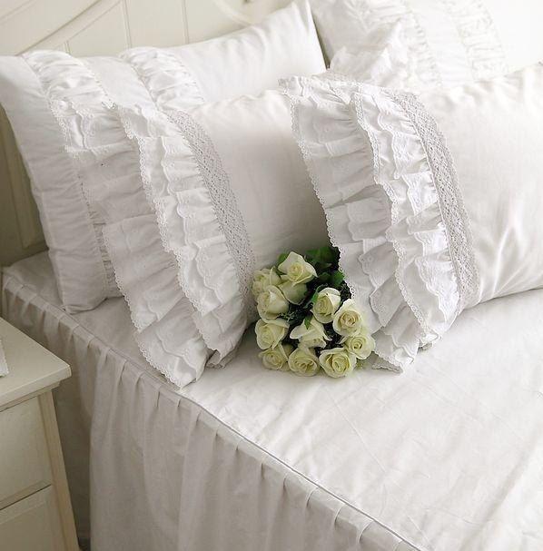 Korean-style-Romantic-black-Lace-bedspread-princess-bedding-set-queen-size-cotton-red-girls-comforter-duvet.jpg_640x640.jpg (598×607)