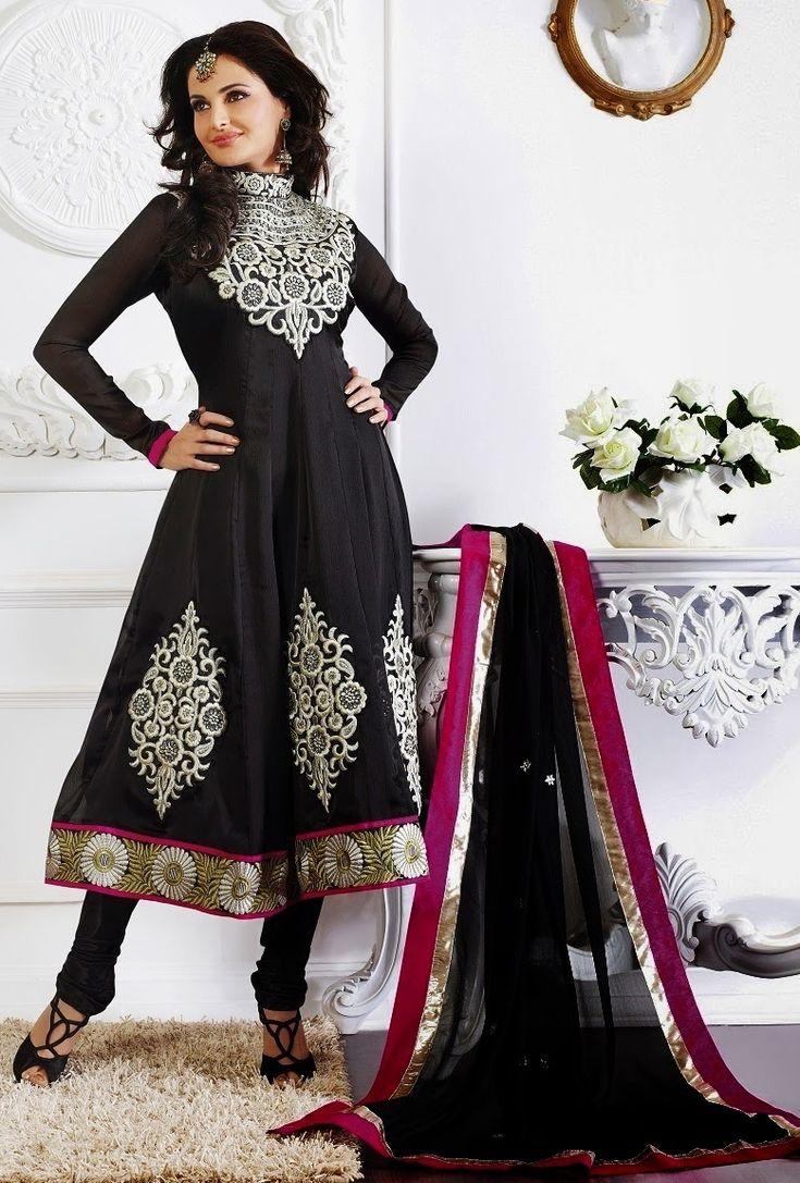 Mesmerizing Black Salwar Kameez
