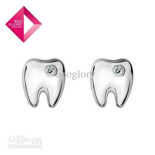 Molar stud earrings. So cute :) #dental #teeth