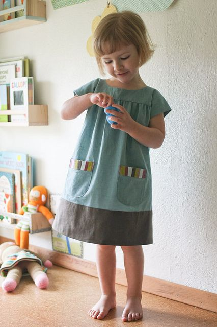 oliver & s ice cream dress : I want this in a me-sized version. It would make a lovely hipster housedress.