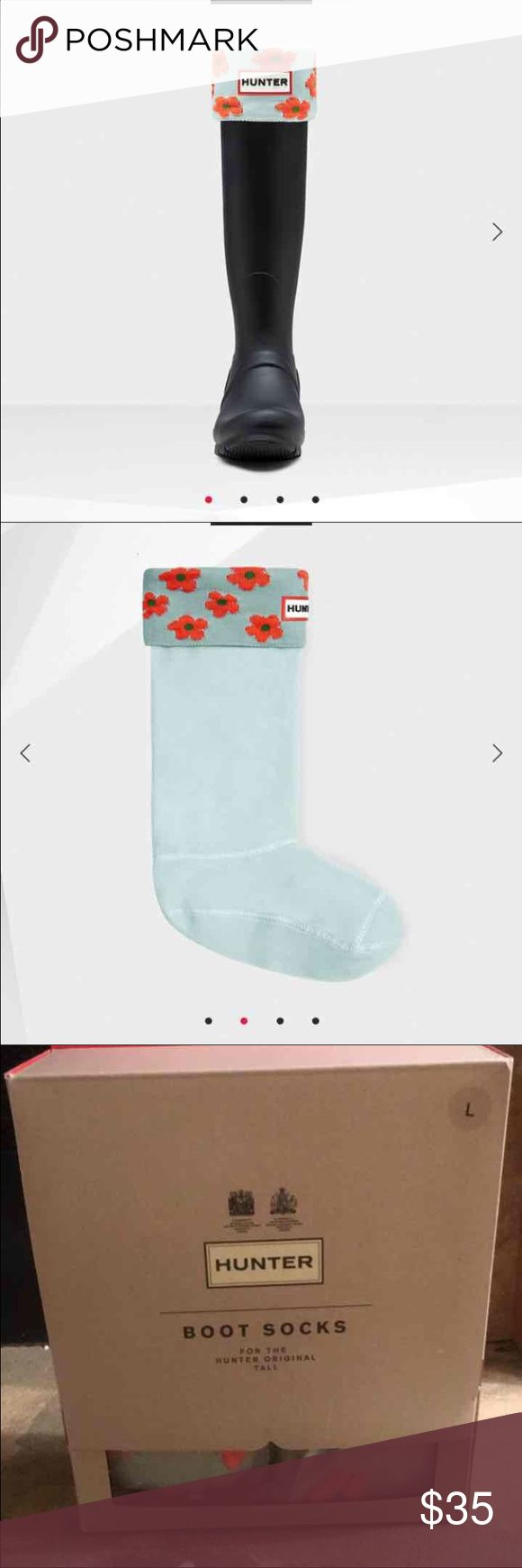 Hunter Boot Socks in Floral These Hunter boot socks are made from soft acrylic fleece with a floral cuff. The boot sock is designed to enhance fit while giving added comfort and warmth. They can be worn folded over to add contrast detail and personalise your Hunter rain boots.  Foldover cuff with floral knit detail Acrylic fleece leg Designed to fit the Original Tall rain boot Hunter Boots Accessories Hosiery & Socks