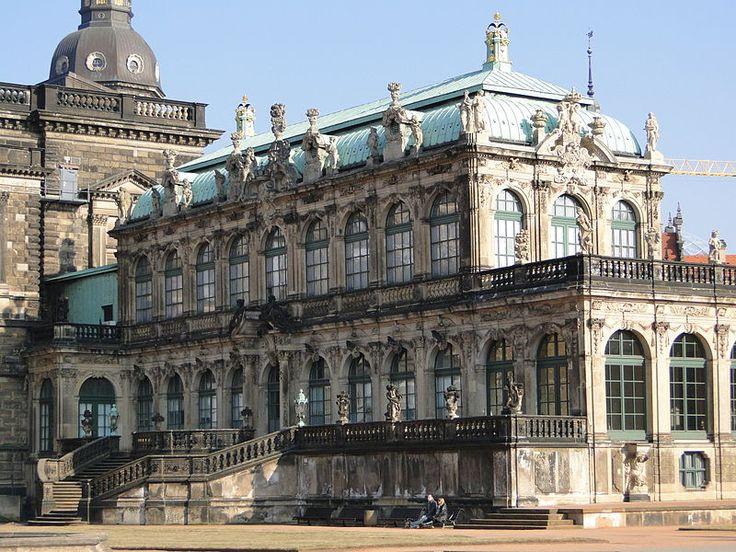 Datei:Deutscher Pavillon Zwinger Dresden.JPG