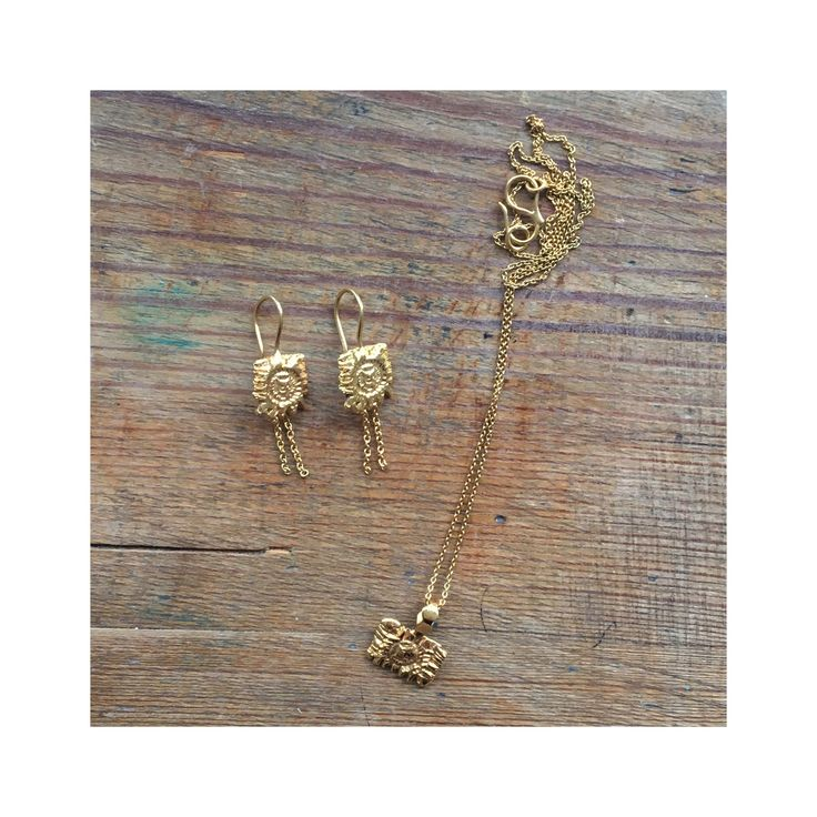 'Dream' earrings and 'Wish' necklace. www.goldpoets.com