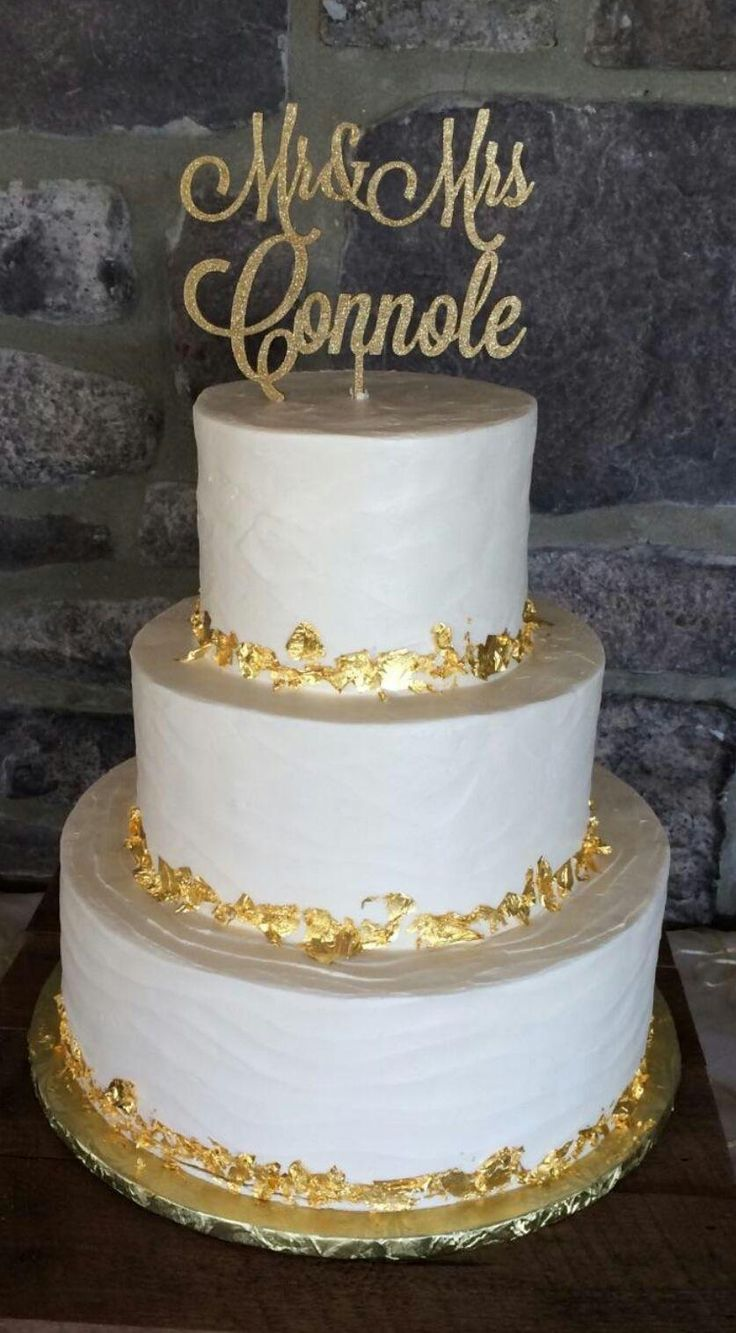 wedding cake gold foil 1000 images about sugarbakers wedding cakes on 22777