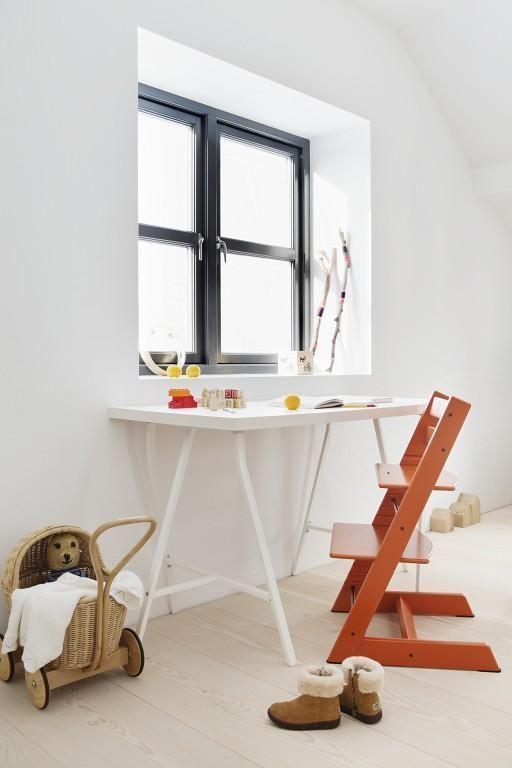 Растущий стул для ребенка: 85+ ультракомфортных моделей для вашего малыша http://happymodern.ru/rastushhij-stul-dlya-rebenka/ Правильная высота стула для ребенка регулируется