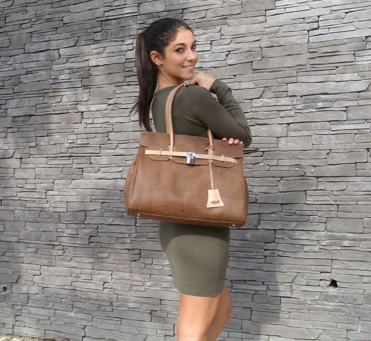 Handbag in cork and leather