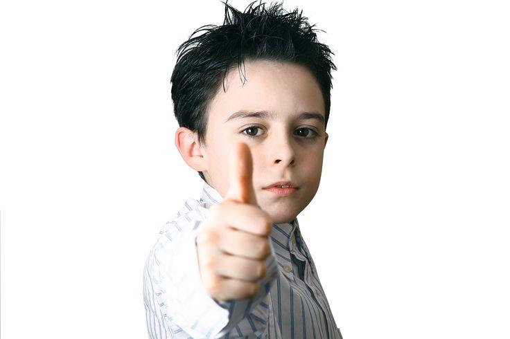 PBS: Hoe positief is positieve gedragsondersteuning? -  Na de Triple P 1 hype is er een nieuwe speler in de positieve opvoeding: PBS 2. Beide hebben het woord positief in de naam zitten, danmoet het toch wel positief zijn? Een jaar of wat terug kwam Triple P overgewaaid vanuit Australië.Een opvoedprogramma dat was ontwikkeld voor kinderen met... - https://liefdevol-opgroeien.nl/pbs/