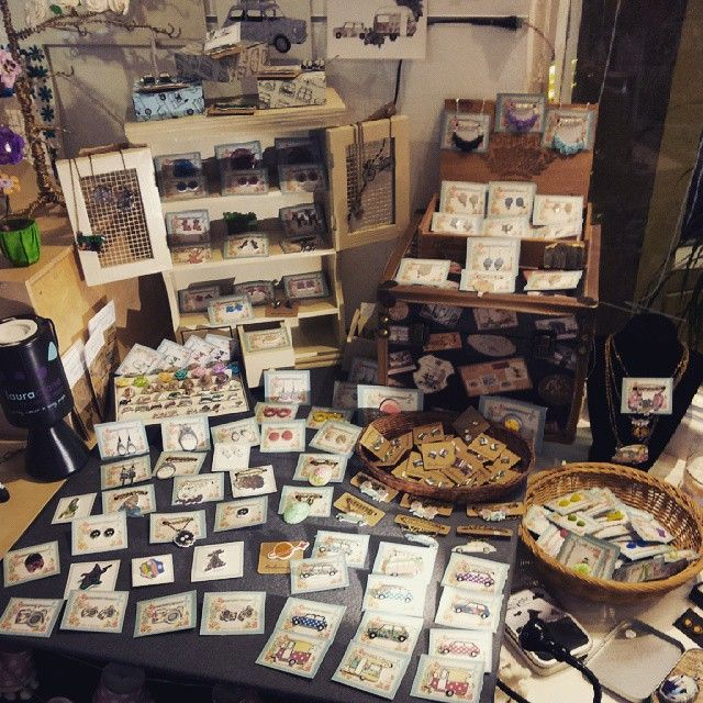 @thecraftevan 's new display is looking rather fab if I do say so myself #Huddersfield #handmade #fbloggers