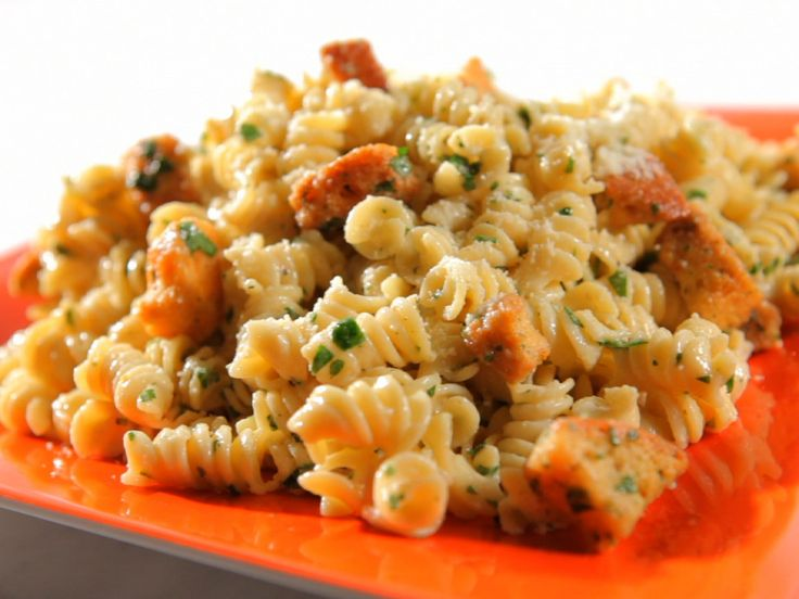 Get this all-star, easy-to-follow Caesar Pasta Salad recipe from Sandra Lee