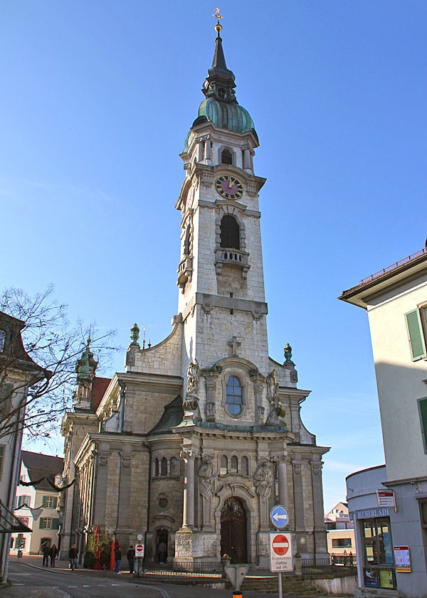 The church St. Nikolaus in Frauenfeld, the capital of the Swiss canton of Thurgovia. The neo-baroque jewel was consecrated in 1906.