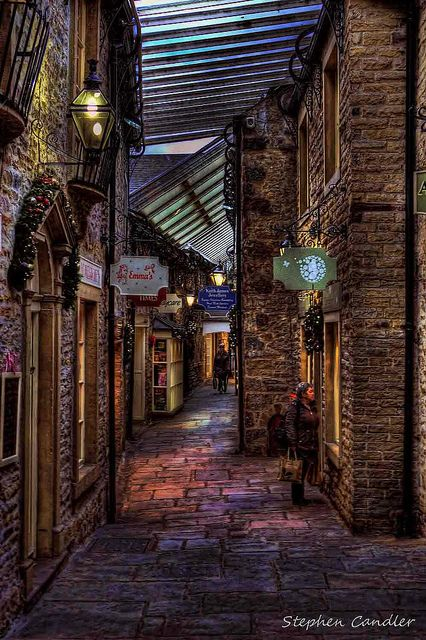 In Craven Court Shopping Arcade, Skipton, Yorkshire, England...I FOUND THE MOST BREATHTAKING PLACE EVER <3 I miss it #england #UK ༺༺ ❤ ℭƘ ༻༻