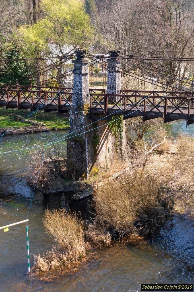 Ancien Pont De Basteyroux A Argentat Sur Dordogne En Correze Les Photos De Sebastien Colpin Correze Pont Dordogne
