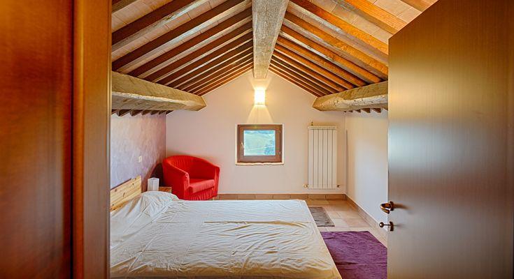 17 beste idee n over onder wastafels op pinterest onder de gootsteen opslag badkamer wastafel - Slaapkamer onder het dak ...