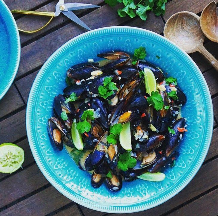 Magiskt goda musslor med smaker från det Thailändska köket. Passar bra att servera med ris eller nudlar.
