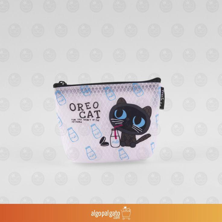 Monedero Oreo Cat Milk Medidas: 12.4 x 9.6 x 3.6 cm Material: Plástico EVA