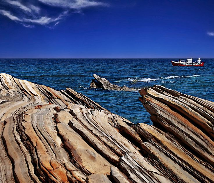 ...rock slices... - Kymi, Evia
