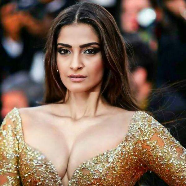 Sonam Kapoor Top Ten HD Bikini Pics, Hot Wallpapers | Bollywood ...