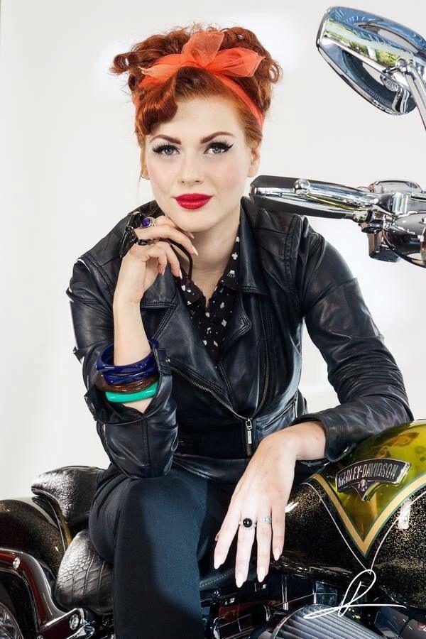 100 best pin up bike images on pinterest biker chick. Black Bedroom Furniture Sets. Home Design Ideas
