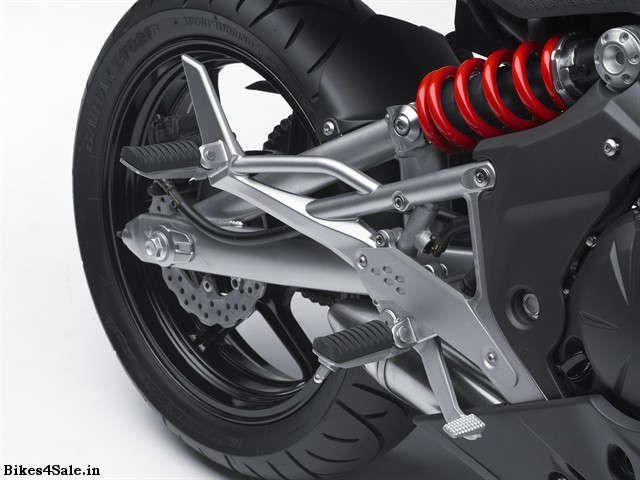 Kawasaki Ninja 650R Wallpaper