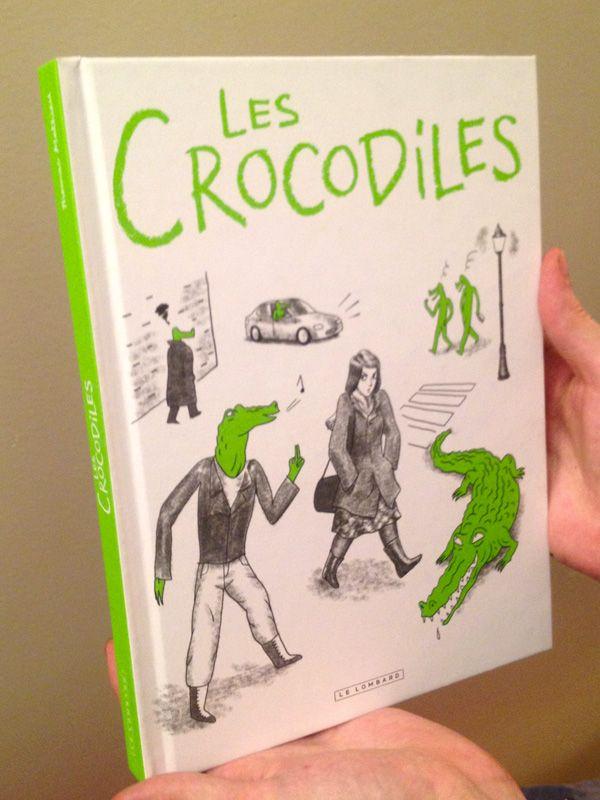 Coucou,   La bande dessinée papier des Crocodiles sort aujourd'hui en librairie!   (Les sorties BD ce n'est pas comme les sorties cinéma, il se peut que certains libraires ne la reçoivent que la semaine prochaine.)    Il y a 4 post-faces, faites par:   Irene Zeilingerhttp://www.garance.be/cms/  Stop-Harcèlement-de-Ruehttp://www.stopharcelementderue.org/  Lauren Plumehttp://lesquestionscomposent.fr/  Anne-Charlotte Hussonhttp://cafaitgenre.org/    Que je remercie beaucoup et je vous…