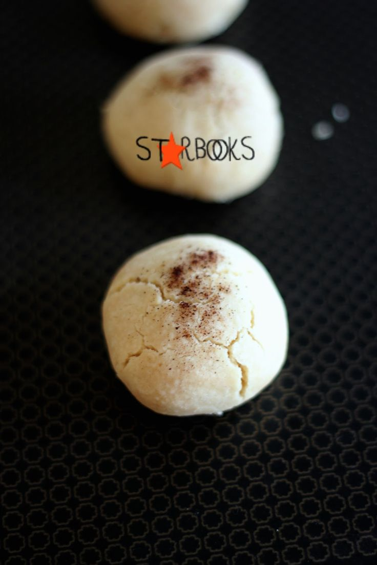 Algerian nut cookies