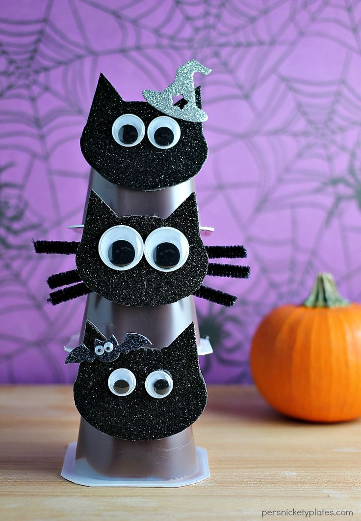black cat snack pack pudding cups are perfect for halloween parties persnickety plates - Pudding Halloween Desserts