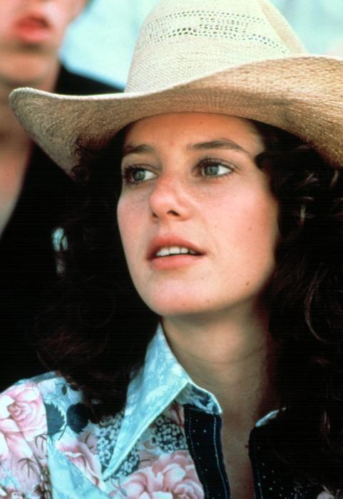 Debra Winger as Sissy