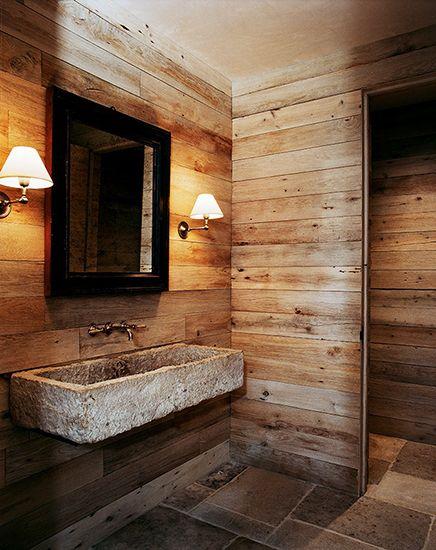 Estúdio Lorena Couto se inspira em: banheiro, cuba esculpida, pedra, madeira
