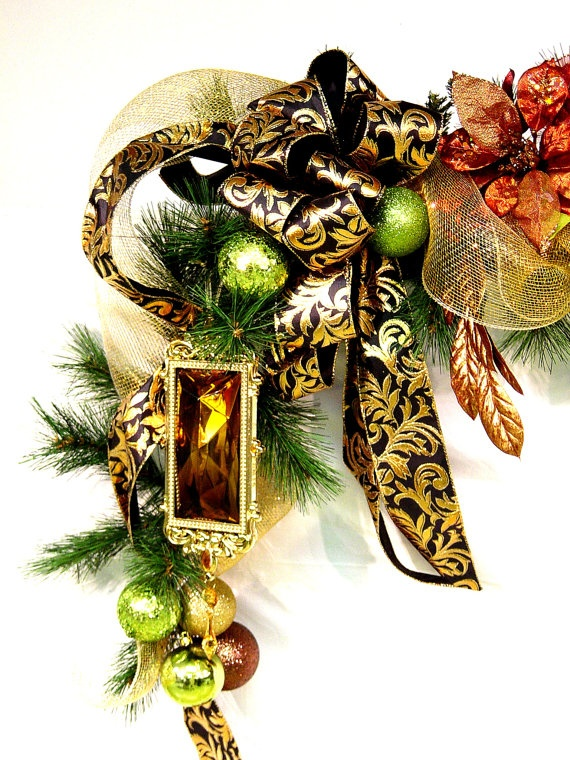 17 best images about christmas swags and garlands on for Christmas swags and garlands to make