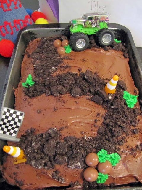I know a little boy who has a 2nd birthday coming up :) Monster Truck Themed Birthday Cake - do the same with a tractor!