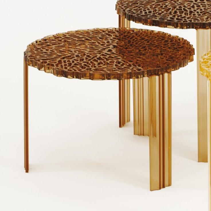 Tavolino T-table 39 by Kartell  http://www.keihome.it/giorno/tavolini/ttable-36-kartell/1748/