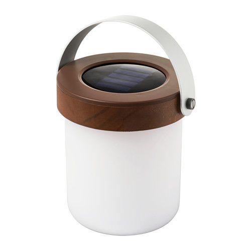 IKEA - SOLVINDEN, Lampe table énerg sol à LED, Utilisation simple, sans câbles ni prises.Vous faites des économies d'énergie et réduisez votre impact sur l'environnement car le produit fonctionne à l'aide d'un panneau solaire qui récupère le rayonnement solaire pour le convertir en électricité.Fonctionne avec des LED qui consomment jusqu'à 85% d'énergie en moins et durent 20 fois plus longtemps que les ampoules à incandescence.