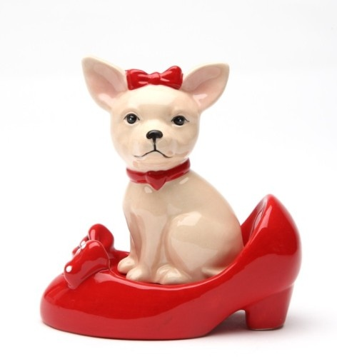 CHIHUAHUA IN SHOES SALT PEPPER SHAKERS MAGNETIC KITCHEN | eBay