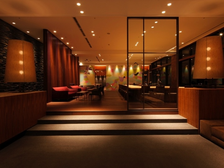 Hot Spring Resort Hotel/Ryokan located in Furuyu Hoe Spring in Saga prefecture. www.oncri.com